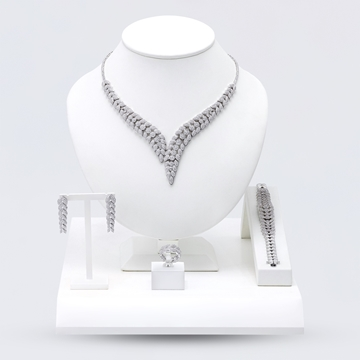 Picture of Necklace Set